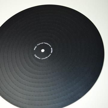 broderie circulaire sur papier, decoupe