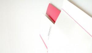 couture singer sur enveloppe